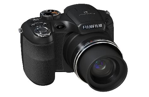 Fujifilm FinePix S1800 Digitalkamera für nur 113€ inklusive Versand!