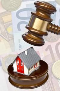 Immobilien günstig bei Zwangsversteigerungen kaufen